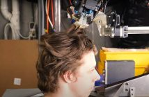 [Watch] Robot barber with scissors is tech's innovative phenomenon during a pandemic