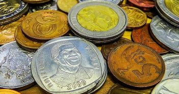 South African rand collapses despite months of cautious trade