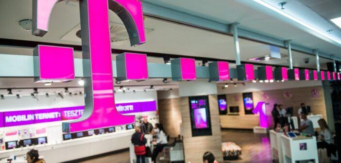Deutsche Telekom raises guidance as U.S. unit outperforms