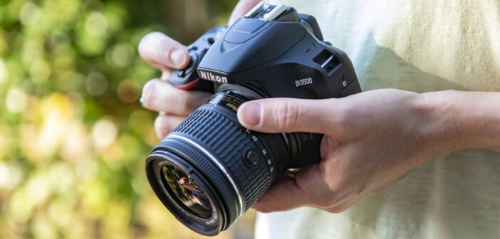 Nikon to cut down jobs on slump in camera business