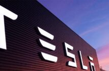 Former Tesla employee under fire for allegedly stealing software