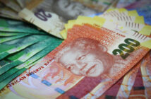 Rand carries negative momentum into the week