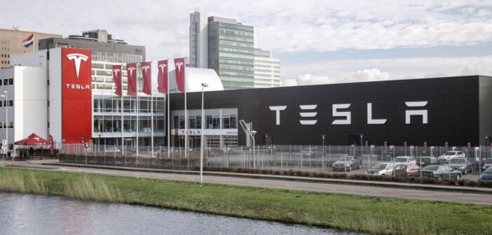 Tesla is moving its headquarters to Austin, Texas